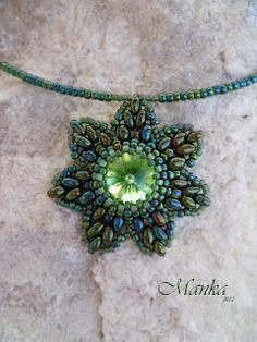ah, is there somebody who's going to make me this star neklace? pretty please..