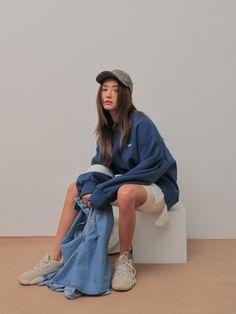 Korean Street Fashion, Korea Fashion, Asian Fashion, Fashion Tips For Women, Womens Fashion, Casual Outfits, Fashion Outfits, Korean Outfits, Aesthetic Clothes