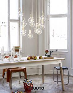 Lamp met gekleurde kabel en fitting