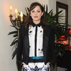 The french actress gives us a masterclass in mixing prints at a Golden Globes afterparty, as she goes against awards season convention and dons this Prabal Gurung ensemble from the pre-fall collection: lily-print trousers, a tux jacket and printed blouse.