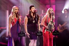 See Pistol Annies' Searing 'Got My Name Changed Back' on 'Seth Meyers' - Musik Country Music News, Best Country Music, Pistol Annies, Feeling Song, Seth Meyers, Instagram Music, Young Old, What Is Coming, Name Change