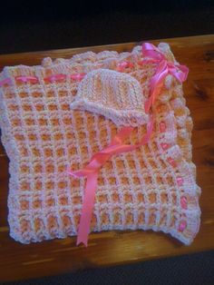Double waffle stitch baby blanket w matching hat