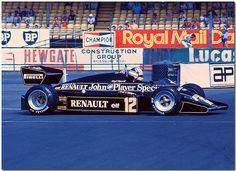 Nigel Mansell su JPS Lotus Renault 94T (1983)