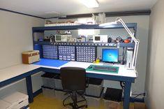 Workshop-Done hobby electronics, electronics projects, garage shop, garage house, garage Electronics Projects, Hobby Electronics, Electronics Storage, Project Arduino, Design Innovation, Electronic Workbench, Diy Workbench, Small Workbench, Electronic Shop