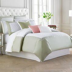 Wedgwood Wild Strawberry Comforter & Duvet Set