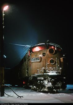 RailPictures.Net Photo: MILW 117C Chicago, Milwaukee, St. Paul & Pacific EMD F7(A) at Portage, Wisconsin by Tom Farence