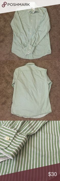 Club Monaco Men Button Down Size Small/ 15 Green and white button down. EUC. Club Monaco Shirts Dress Shirts