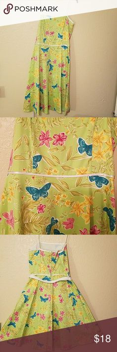 B SMART green butterfly midi sundress Lovely green sundress with satin spaghetti straps measures  bust 17 inches 32 inches long questions please ask B Smart  Dresses Midi