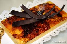 >Us detallo com elaborar la típica gema pastissera que s'utilitza per a cremar braços de gitano, massinis, fer mones de pasqua, etc, etc......