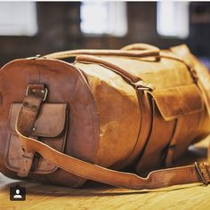 Round Leather Duffel Bags / Barrel Bags for Men's