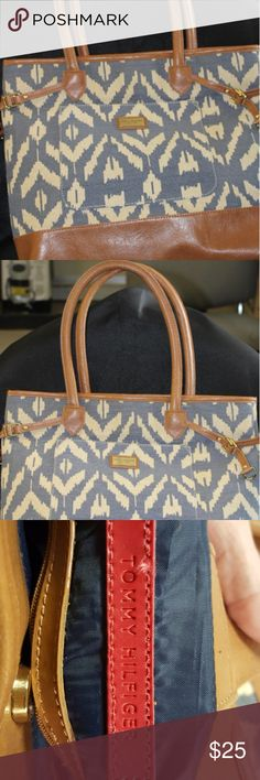 """Tommy Hilfiger Tote Bag Cute tote for summer  15"""" x 13"""" with 8"""" Strap drop 2 interior slip pockets 1 zipper pocket Tommy Hilfiger Bags Totes"""