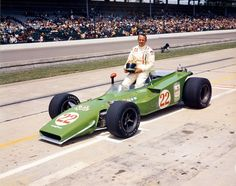 Wally Dallenbach in 1971 Indy Car Racing, Indy Cars, Indianapolis Motor Speedway, Classic Race Cars, American Racing, Funny Pictures For Kids, Old Race Cars, Transporter, Vintage Race Car