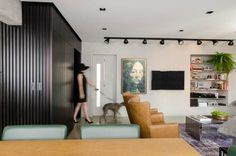 """黑色""""集装箱""""带来整洁空间 / AMBIDESTRO - 居宅 - 室内设计师网"""