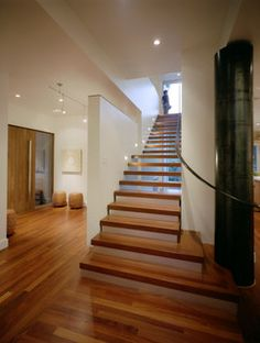 Wish I could do this for my staircase.