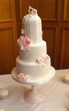 Vintage Birdcage - Cake by TiersandTiaras Amazing Wedding Cakes, Elegant Wedding Cakes, Candy Cakes, Cupcake Cakes, Cupcakes, Vintage Birdcage, Vintage Lace, Birdcage Wedding Cake, Bird Cage Cake