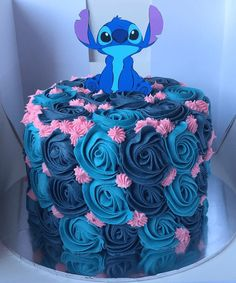 Candy Birthday Cakes, Beautiful Birthday Cakes, Beautiful Cakes, Amazing Cakes, Birthday Cake Disney, Lol Birthday Cake, Lilo And Stitch Cake, Lelo And Stitch, Pretty Cakes