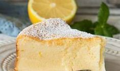 fondant with faisselle and lemon with Thermomix, recipe of a delicious melting and fluffy cake with intense lemon in taste, easy to make for dessert Source by Light Desserts, Weight Watchers Desserts, Fancy Desserts, Desserts Fruits, Cilantro, Mousse, Brookies, Food Videos, Food And Drink