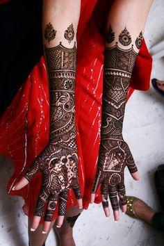 14 Stunning Indian Bridal Mehndi Designs For You