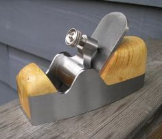 Sauer and Steiner Smoothing Plane.