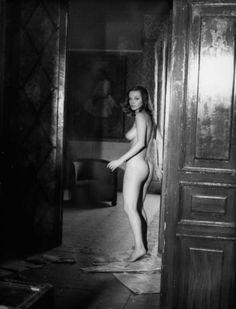 Laura Antonelli in Le malizie di Venere directed by Massimo Dallamano, 1969