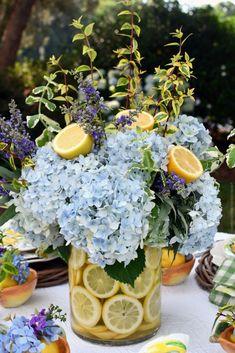 Lemon Vase, Floral Arrangements, Flower Arrangement, Lemon Flowers, Centerpieces, Table Decorations, Flower Vases, Tablescapes, Monday Morning