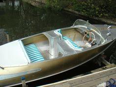 Ski Boats, Cool Boats, Small Boats, Yacht Design, Boat Design, Cabin Cruiser Boat, Riva Boat, Boat Upholstery, Small Yachts