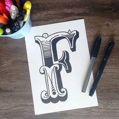 Chegou a vez da letra F de fé, flor, futuro, família #aquarelinhas #nanquim #lettering #chalkboard #handmade #tipography #tipografia #alphabet