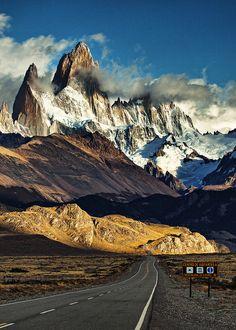 Road to Fitz Roy, Patagonia