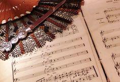 """Parte de la exposición Ópera, el arte hecho joya"""" dedicada a Bizet"""