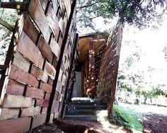 reja según Solano Benitez arquitecto paraguayo.