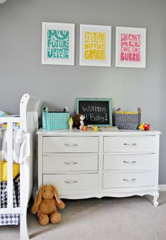 decorating a shared kid's room {ann kelle style}