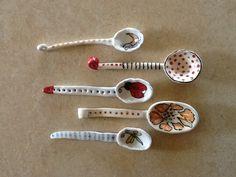 Mieke van Sambeeck - Ceramic Spoons. Dots and stripes