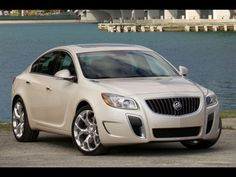 2013 Buick Regal - http://topismag.net/buick/2013-buick-regal