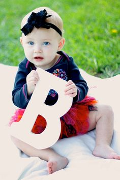 1st Birthday party photo shoot, Letter B