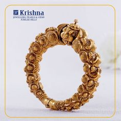 krishnajewellerspearlsandgems Luxuriant gold Nakshi kada on your wrist, depict lion figure & floral patterns on all sides reflects the Lady persona. For Enquiries,contact us on our Whatsapp Indian Wedding Jewelry, Indian Jewelry, Bridal Jewelry, Gemstone Jewelry, Gold Jewelry, Jewelery, Gold Bangles Design, Gold Earrings Designs, Gold Jewellery Design