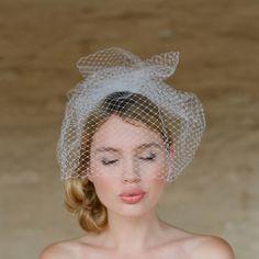Mini Birdcage Veil #weddings #veil #ruffled #birdcage