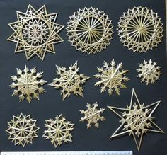 Weihnachten Meine Strohsterne Bridal Jewelry - Don't just wear it for the weddin Straw Crafts, Recycled Crafts Kids, Recycled Art, Diy And Crafts, Straw Weaving, Basket Weaving, Star Diy, Bamboo Crafts, Christmas Crafts