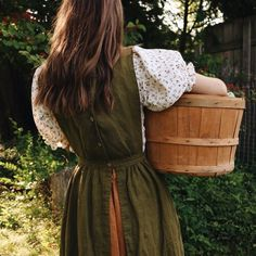Capsule Wardrobe, Homesteading, Casual, Cute Outfits, Feminine, Style Inspiration, My Style, Simple Style, Pretty