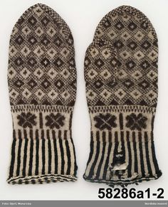 f005374498f1 Knitted mittens from Småland in Sweden. From around 1850-1875. Sverige, Mona