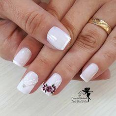 Curso de manicure Makeup 101, Nailart, Hair Beauty, Pretty Pedicures, Bridal Nail Design, Nail Art Designs, Perfect Nails, Pretty Nails, Instagram Nails