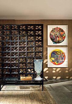 Apartamento de 630 m² dedicado à arte em Belo Horizonte / Pedro Lázaro #wall #cobogo