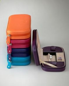 Travel Jewelry Case. What a good idea, because I never know how to pack my jewelry.