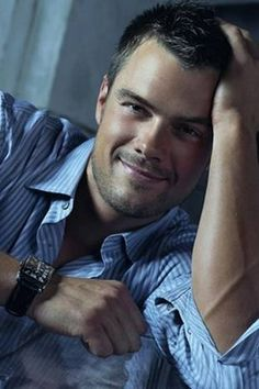 Josh_Duhamel - Super sweet and sexy in blue
