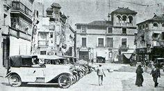 Street View, Twitter, Painting, Plaza, Antique Photos, Sevilla, Cities, Street, Building