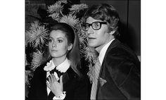 Catherine Deneuve et Yves Saint Laurent, 1966 http://www.vogue.fr/mode/inspirations/diaporama/belles-en-smoking/4685/image/374632#!catherine-deneuve-et-yves-saint-laurent-1966