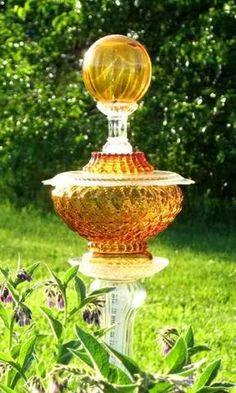 Amber garden totem