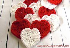 Easy Crochet Heart Pattern – Itchin' for some Stitchin' – Rachel Christian - Crochet Beginner Crochet Projects, Crochet Basics, Crochet For Beginners, Holiday Crochet, Crochet Gifts, Crochet Winter, Crochet Stars, Crochet Flowers, Embroidery Patterns