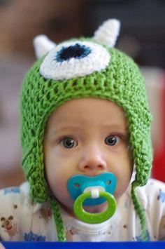 Ravelry: Mike Wazowski Hat pattern by Heather Sosbee Crochet For Kids, Crochet Baby, Knit Crochet, Monster Hut, Crochet Crafts, Crochet Projects, Mike From Monsters Inc, Knitting For Charity, Mike Wazowski