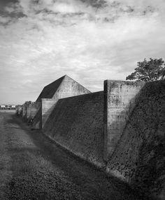 Tomba Brion Cemetery. San Vito d'Altivole, Italy. 1969-78. Carlo Scarpa. Photo Chris Schoroeer-heiermann