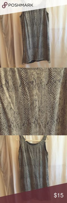 """Robbie Bee dress Robbie Bee, size 10, black and light grey snake skin pattern, very light weight material, 36 1/2"""" long from shoulder seam to hem,  sleeveless, lined, shell 100% silk lining 100% silk dress. Robbie Bee Dresses"""